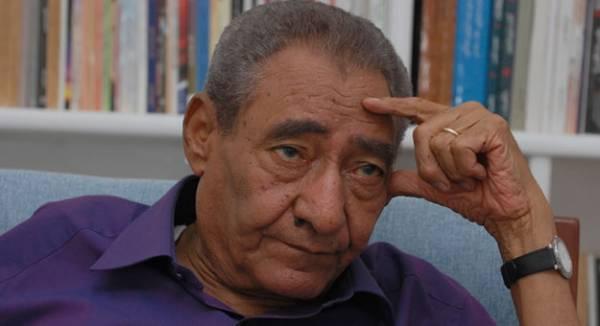 وفاة الشاعر المصري عبد الرحمن الأبنودي