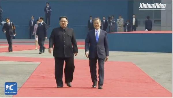 قمة تاريخية بين زعيم كوريا الشمالية ورئيس كوريا الجنوبية