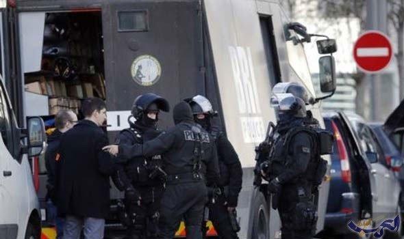 توقيف 17 شخصا وجرح أربعة شرطيين في مواجهات في فرنسا على هامش قمة مجموعة السبع