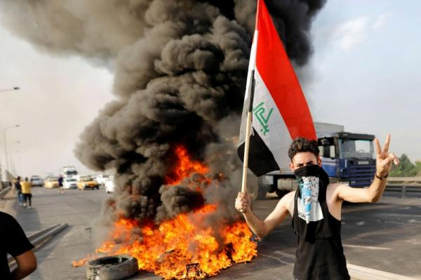 تظاهرات العراق تصب غضبها على إيران