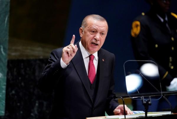 أردوغان الهارب إلى سوريا
