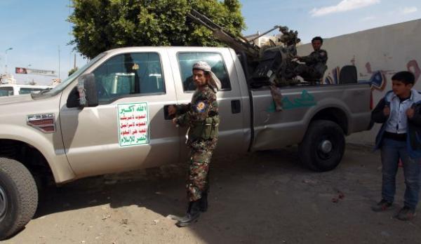 الحوثي يعتزم إجراء تغييرات لمسؤولين محليين وأمنيين في ذمار والبيضاء فشلوا في تجنيد مقاتلين