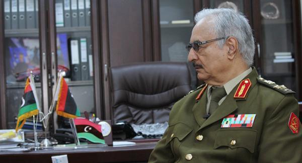 """حفتر يؤكد قدرته على """"تحرير طرابلس في يومين"""""""