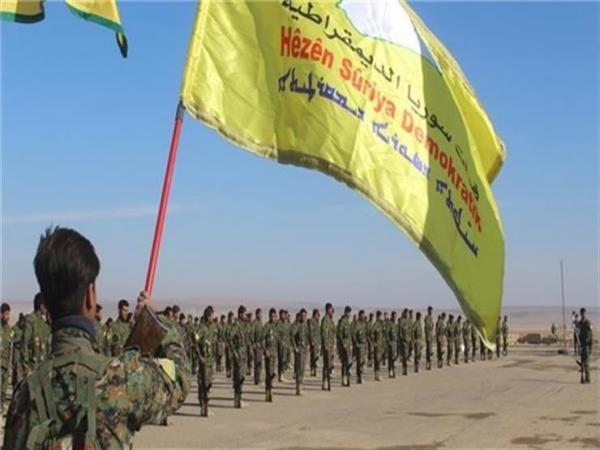 """قوات سوريا الديمقراطية """"تجمّد"""" عملياتها ضد داعش"""