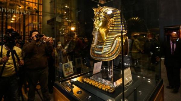 """""""الآثار المصرية"""" تحل لغز وفاة توت عنخ آمون"""
