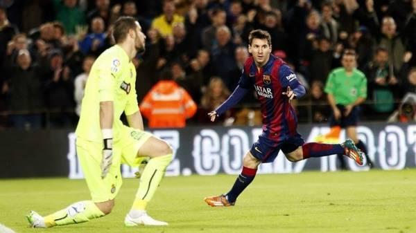 """برشلونة يكسب """"الديربي"""" الكاتالوني .. وميسي يرد على """"هاتريك"""" رونالدو"""