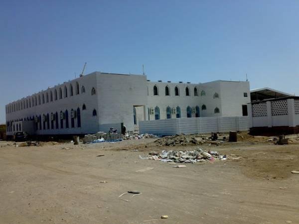 """السلطات اليمنية ترحّل أكثر من 300 طالب أجنبي من معهد """"الفيوش"""" الديني"""