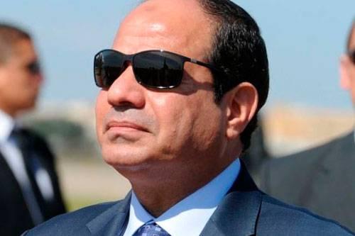 تل أبيب: السيسي يشدد الحصار على القطاع.. ولا تستبعد عمليّة عسكريّة مصريّة ضدّ غزّة في حال تردّي الأوضاع الأمنيّة بسيناء