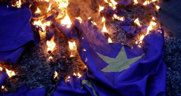 صحافة ألمانيا: الذروة الحزينة عبر أوروبا لظاهرة رفض &#34أوروبا موحدة&#34