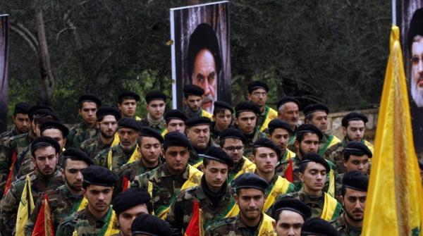 الجيش اليمني: خبراء إيرانيون يدربون مليشيا الحوثي على استهداف الملاحة الدولية