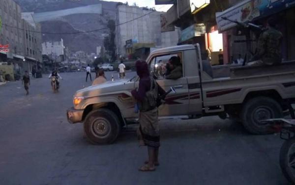 الإصلاح يرتب للهجوم على مواقع اللواء 35 في منطقة البيرين غربي تعز