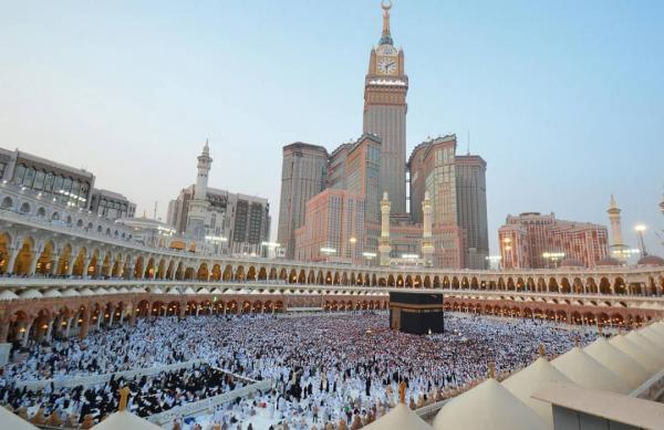 السعودية تلغي رسوم تكرار العمرة وتعيد هيكلة التأشيرات