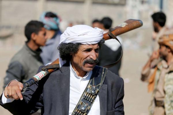 قيادي حوثي يبيع أرضية مساحتها (2000) لبنة تابعة لدائرة الأشغال بالعاصمة صنعاء