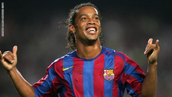 رونالدينيو يعود لكرة القدم من بوابة كولومبيا