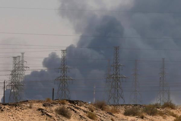 """مسؤولون أمريكيون لصحيفة """"وول ستريت"""": الهجمات التي استهدفت السعودية السبت أطلقت من العراق وليس اليمن"""