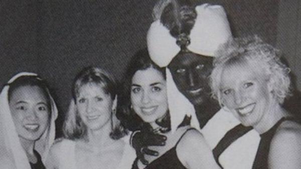 جاستن ترودو رئيس وزراء كندا يعتذر عن صورة له بوجه أسود