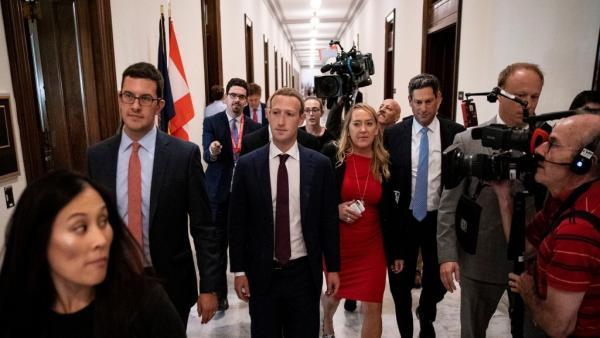مؤسس فيس بوك يلتقي دونالد ترامب ويرفض بيع إنستاغرام وواتساب