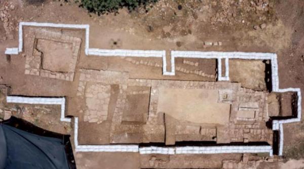 مزينة بالفسيفساء والنقوش اليونانية .. اكتشاف كنيسة بيزنطية عمرها 1500 عام غرب القدس