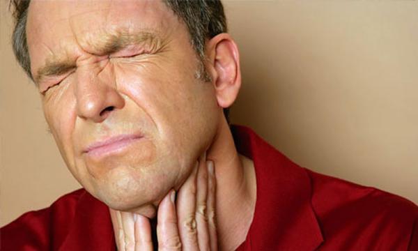10 أساليب سهلة وسريعة لعلاج التهاب الحلق