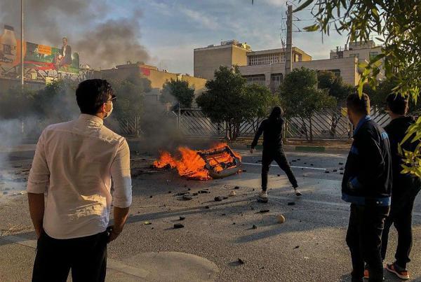 ظريف يحذر الدول الداعمة للاحتجاجات في ايران