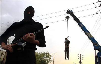حكومة روحاني تشنق 16 متمرداً في ايران لتورطهم بهجوم حدودي