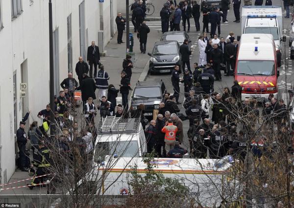 فرنسا: بدء محاكمة 14 شخصاً على خلفية اعتداءات &#34شارلي إيبدو&#34