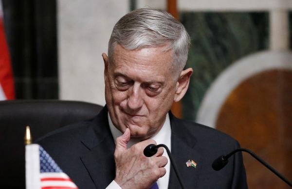 وزير الدفاع الأمريكي: إيران ضالعة في كافة أزمات المنطقة