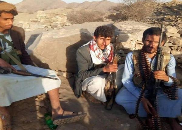 حجة.. مقتل أكثر من 30 حوثياً في مواجهات مع قبائل حجور وغارات جوية