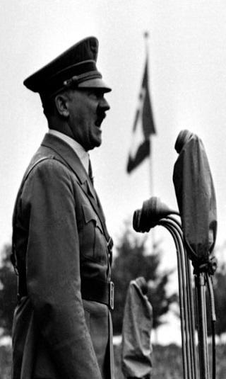 هتلر كان سيحرق أمريكا بـ&#34سلاح فضائي ضخم&#34