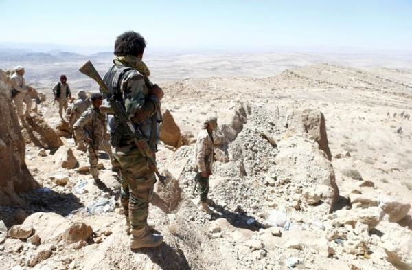 قتلى من مسلحي الحوثيين بينهم قيادات في استكمال القوات الحكومية تأمين مواقع في تباب الزلازل بنهم
