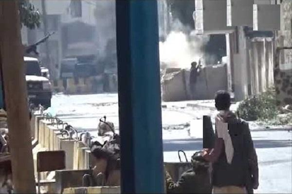 فريق اليمن للسلام مخاطباً لجنة الخبراء: زوروا منزل الشهيد صالح والمعتقلين