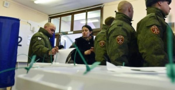 الروس يدلون بأصواتهم في انتخابات رئاسية شبه محسومة لصالح بوتين