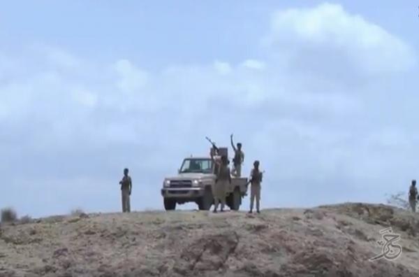 المقاومة الوطنية (حراس الجمهورية) يؤمنون جميع المرتفعات المحيطة بمعسكر خالد