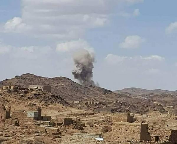 الحوثيون يقصفون مناطق وقرى بمديرية الزاهر في البيضاء