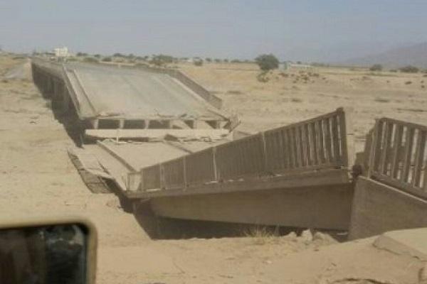 الحوثيون يُفجرون العبارات لإعاقة تقدم الجيش بالبيضاء.. وهذه سيناريوهات المعركة
