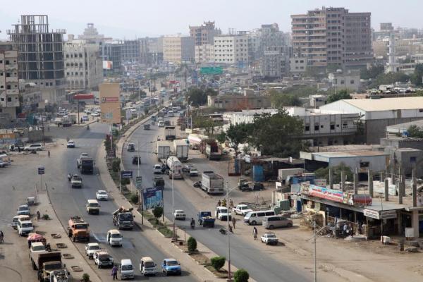 إصابة فتاة برصاص مجهولين بمدينة عدن
