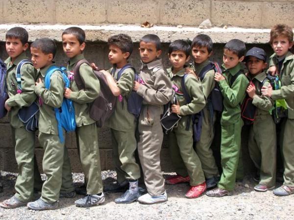 طرق استغلال المنظمات الإرهابية والإخوان للأطفال والشباب