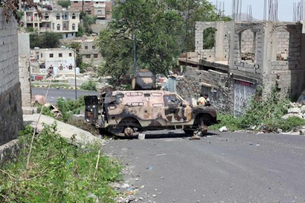 مقتل 5 حوثيين في كسر هجوم لهم بمقبنة غربي تعز