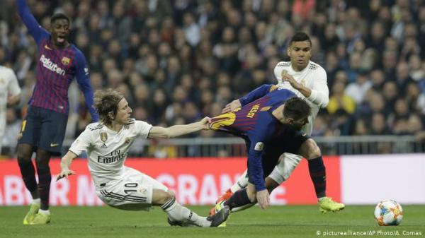 كيف أصبحت كرة مودريتش الذهبية وبالاً على ريال مدريد؟