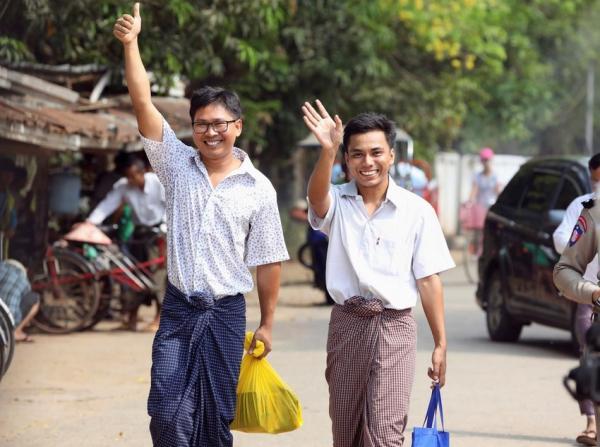 إطلاق سراح صحفيي رويترز المسجونين في ميانمار