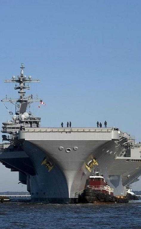 200 جندي مارينز إلى المكلا وحاملة الطائرات &#34روزفلت&#34 و6 فرقاطات أمريكية في المياه اليمنية