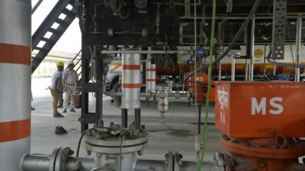 الهند تؤكد التوقف عن شراء النفط الايراني التزاما بالعقوبات الامريكية