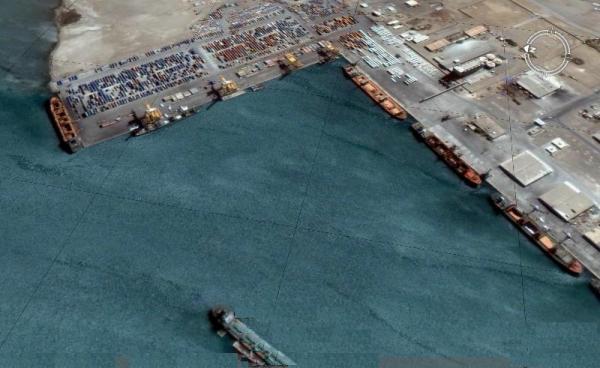ميدل ايست آي: انتزاع الحديدة ومينائها ضربة قاصمة للمتمردين الحوثيين