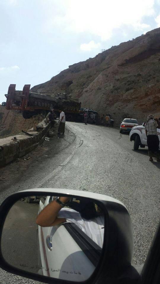 """""""صفقة"""" مع القاعدة في اليمن: """"كذبة"""" الهجوم العسكري و""""تحرير"""" المكلا"""