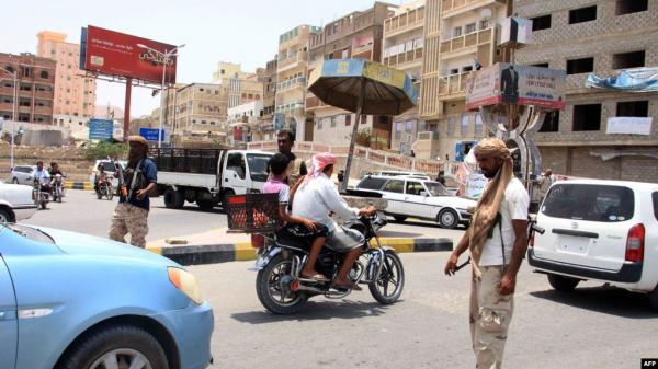 الحملة الأمنية بمدينة المكلا تضبط عدداً من مروجي ومتعاطي المخدرات