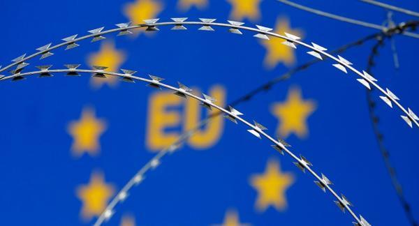 الاتحاد الأوروبي يفرض سلسلة من العقوبات السياسية والمالية على تركيا
