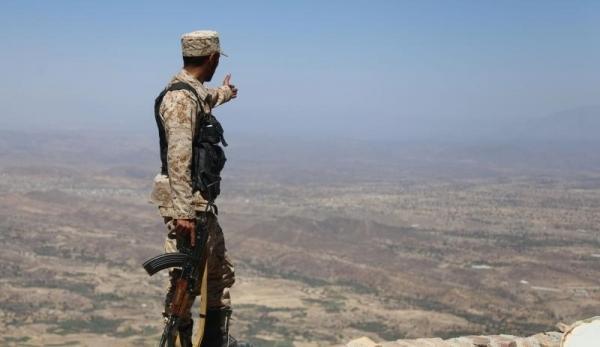 القوات الحكومية تؤمن عدداً من المواقع في مديريتي الصلو ودمنة خدير بتعز