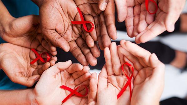حقائق وأرقام عن الإيدز وفيروس نقص المناعة المكتسب