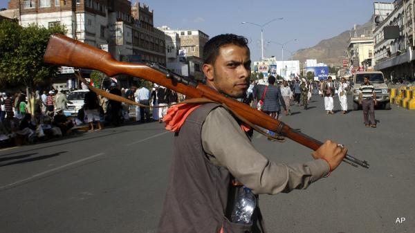 مليشيا الحوثي تعتقل البخيتي في العاصمة صنعاء