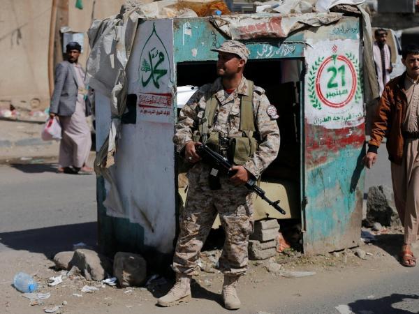 اعتقال 6 معلمين من قبل حوثيين في نقطة تفتيش بمدينة ذمار